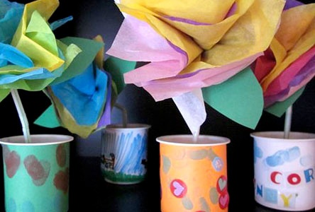 Tissue-Paper Flowers in Yogurt Cup Vases--Cute. Colorful. Creative.: Crafts For Kids, Tissue Paper Crafts, Common Cores Standards, Crafts Ideas, Tissue Paper Flowers, Parties Flowers, Mothers Day Crafts, Paper Cups, Yogurt Cups
