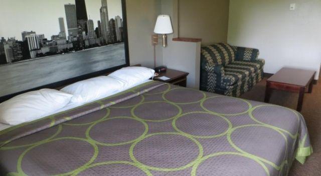 Super 8 Motel O Hare Elk Grove - 2 Star #Motels - $80 - #Hotels #UnitedStatesofAmerica #ElkGroveVillage http://www.justigo.biz/hotels/united-states-of-america/elk-grove-village/super-8-motel-o-hare-elk-grove_107210.html