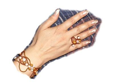 """""""Autumn with pearls"""" Set format din brățară și inel confecționate din sârmă de cupru și perluțe"""