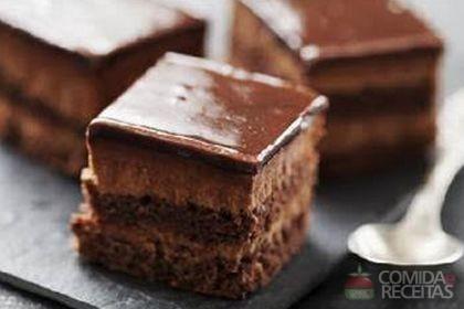 Receita de Bolo mousse de chocolate especial em receitas de bolos, veja essa e outras receitas aqui!