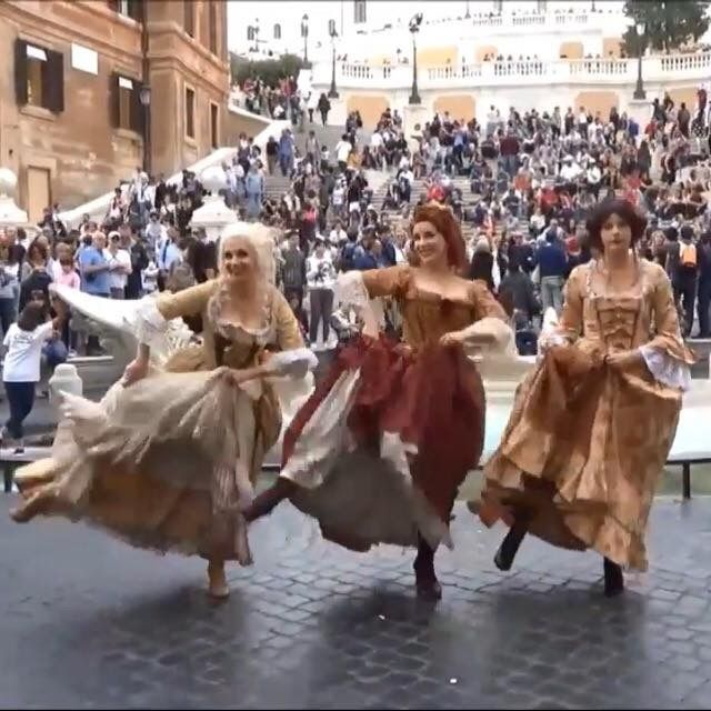 Scarlett & Giselle NL and Mary dancing in front of the Spanish steps in Rome