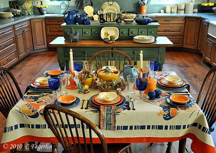 the little round table its a spicy fiesta celebrating the tablescape thursday - Halloween Place Settings