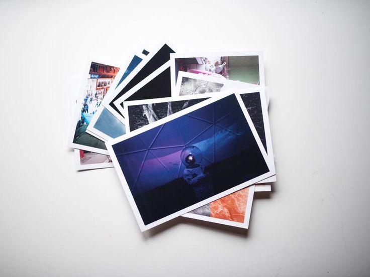 Le 12 cards relative all'iniziativa su Instagram #phomtakeover appena scartate e fotografate per noi da uno degli autori ....