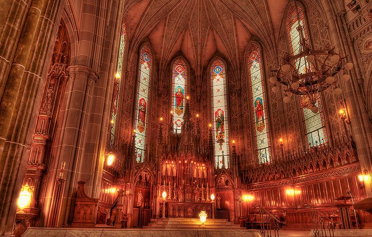 St. Patrick's Basilica | 5 Jaw-Dropping Churches to Visit in Montreal | www.nerdingabroad.com