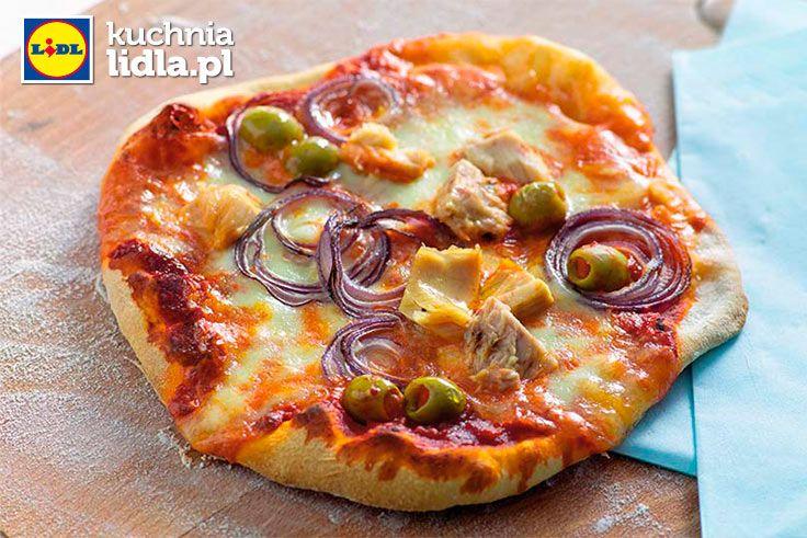 Pizza al tonno. Kuchnia Lidla - Lidl Polska #kuchniawloska #pizza