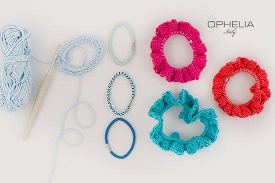 Giochiamo con i colori anche per i nostri accessori... Scorpi come realizzare colorati elastici per capelli handmade...