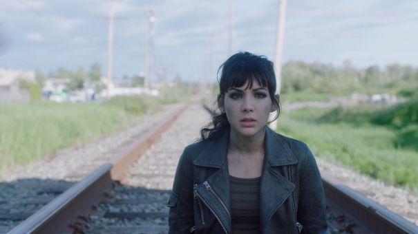 'Dirk Gently's Holistic Detective Agency' Trailer: First Look At Season 2 Of BBC America Series