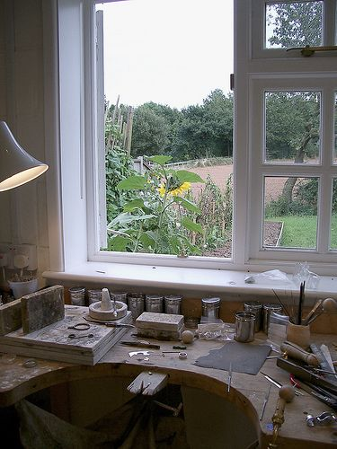 Jeweller's Bench layout: Will need a great view a workshop with a view, provides perfect inspiration!