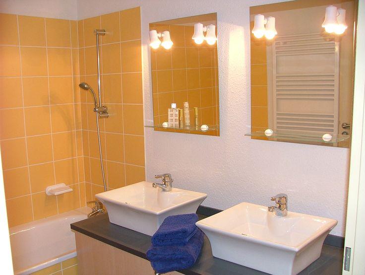 Exemple de salle de bain pour la résidence de Pérols, le Mas Blanc