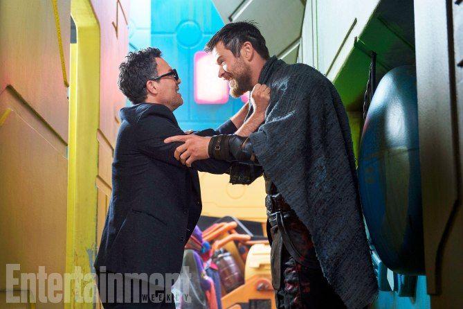 First Look At Jeff Goldblum As Grandmaster In Thor: Ragnarok