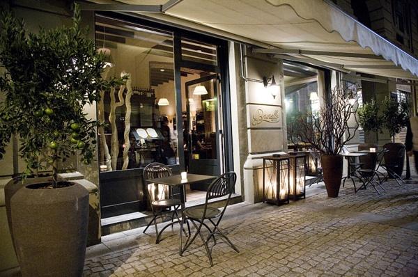 Accoglienza calorosa, atomosfera rilassata e familiare  Osteria Brunello - Corso Garibaldi, 117 - Milano (MI)
