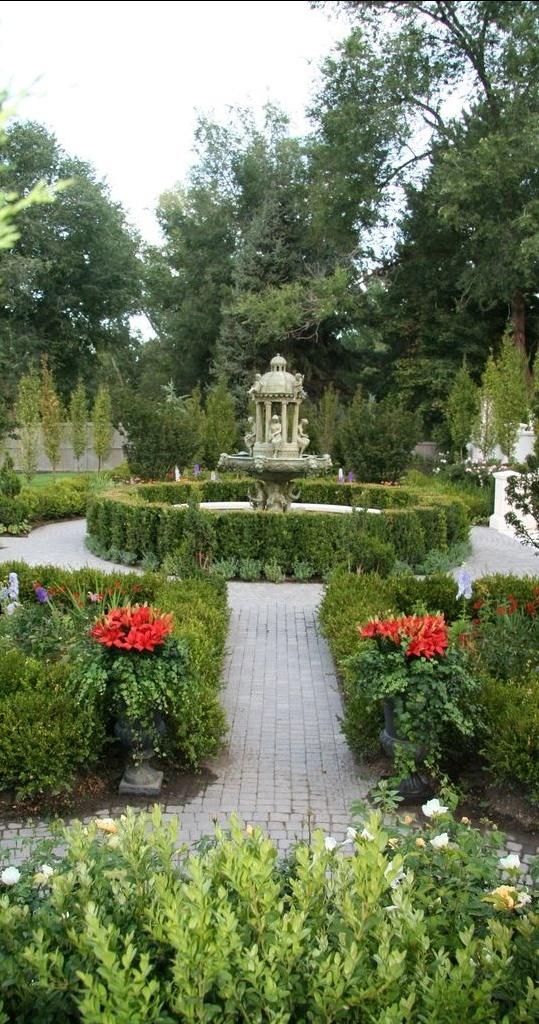113 best images about Formal Garden on Pinterest Gardens