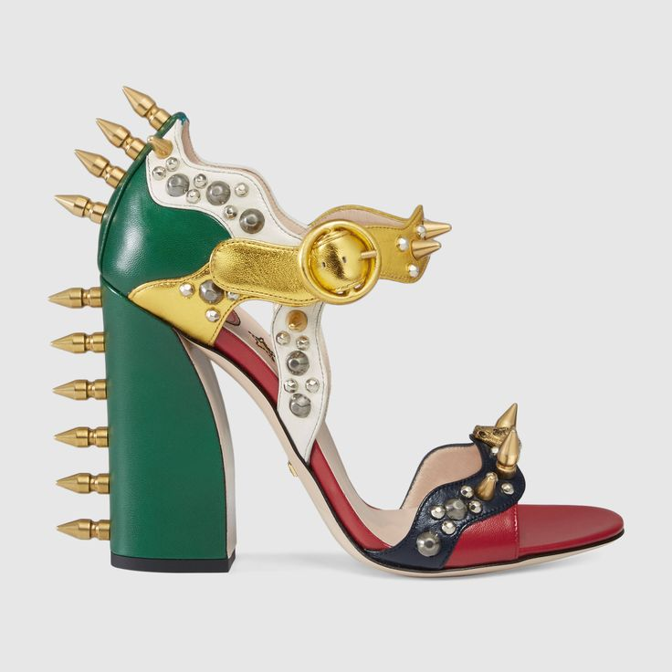 Gucci Sandalia, Gucci Mujer, Sandalias Planas, Shoe La La, Hermosos, Ponerme, Bolsos, Zapatos, Accesorios