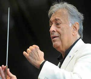 "I didn't choose Kashmir, Kashmir chose me."" This is how renowned international music conductor Zubin Mehta reacted brushing aside controversies over his concert on the banks of the Dal lake in Srinagar on Saturday.  fore more news on News in India,News In English,English News paper,English News paper in india,Latest Breaking News In English,Online News In english,Latest news in english,  read more at : http://daily.bhaskar.com"