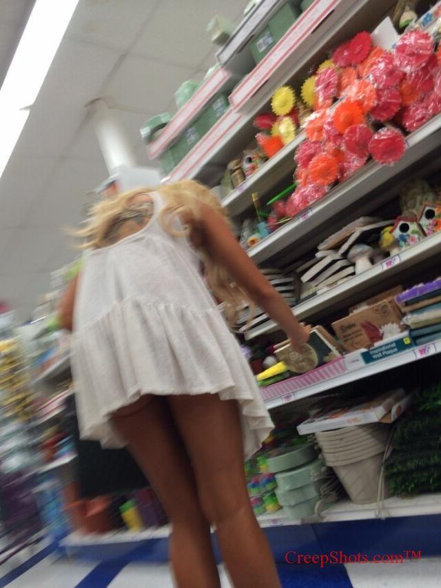legs and short skirt creepshot on blonde shopper | Sade ...