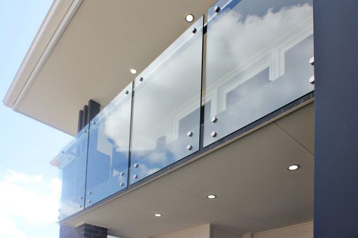 [Balcony Balustrade - Made by Genneral Staircase.]    Tags: balcony | balcony balustrade | glass balustrade | external balustrade | external balcony