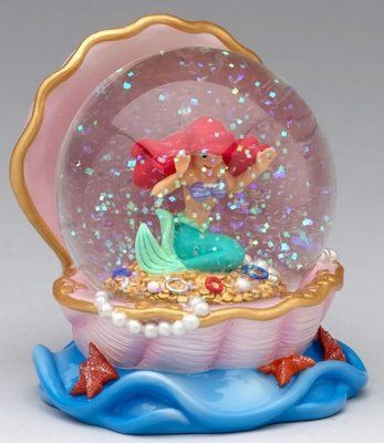The little mermaid snow globe I wish I could actually get I'd give it to my cousin!