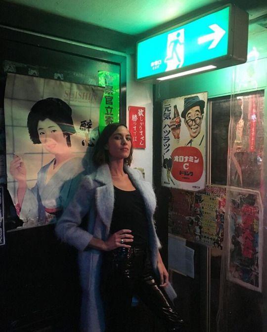 LA COOL & CHIC    Tumblr Alexa Chung