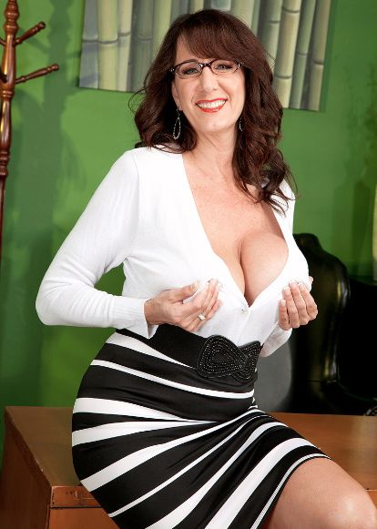 karns city mature singles Personal ads for karns city, pa are a great way to find a life partner, movie date, or a quick hookup personals are for people local to karns city, pa and are for ages 18+ of either sex find.