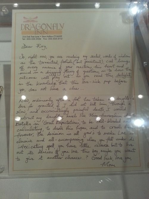 Gilmore Girls Loirelai's letter to Rory (about Logan)... I've always wanted to know what this said!!! Great handwriting too!!