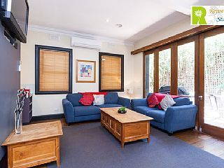 Rejuvenate Stays - Light filled home, BBQ, outdoor enclosed area Free Wi-fiVacation Rental in Toorak from @homeawayau #holiday #rental #travel #homeaway