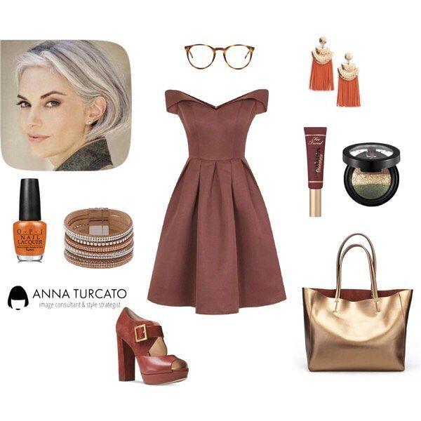 #Glamour #Autumn #greyhairs.  Se i tuoi capelli erano scuri con riflessi rossi naturali e le vene dei tuoi polsi sono verdi opta per colori autunnali e non temere di osare con l'oro e un caldo arancione sarai sempre #chic. #Unlookalgiorno #fashioncoach #stylecoach #imageconsultant #personalshopper #personalstyle #style #stylist #gold #brown #personalstylist #fashioncoach #love #lovely #outfit #outfitoftheday