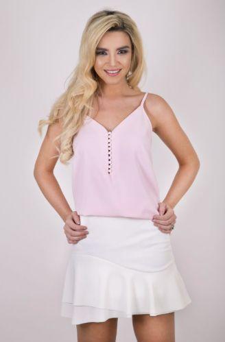 BLUSA ALÇA SUMMER ROSÉ COM PÉROLAS - A blusa básica com detalhe de estilo dos botões em pérolas! Versátil e confortável, cabe com diversos looks e ocasiões.