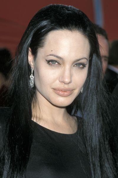 Angelina Jolie Black Hair Szukaj W Google Angelina