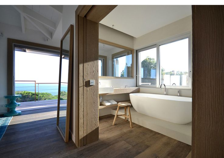 see side bathroom design