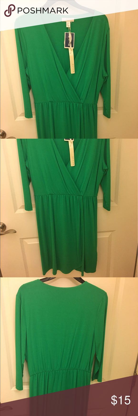 Kelly green casual dress Low cut Kelly green dress. never worn. Tags attached. Dresses