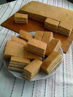 Mézes sütemény (kicsit más mint a hagyományos mézes krémes )