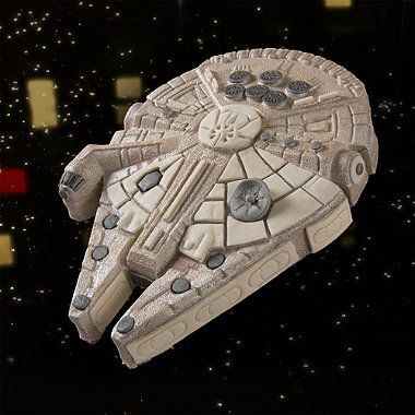 Star Wars™ Millenium Falcon Cake Pan -can I just say Holy Shit this would be my dream cake.