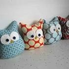 thought i would attempt* a couple of stuffed owls with the same fabric from Nora's quilt