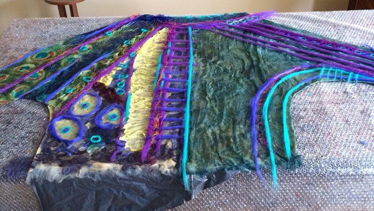 wool felt tunic ,free style by Nadin Smo design. www.nadinsmo.com #nunofelting #merinowool #woolfelting #woolfeltclothes