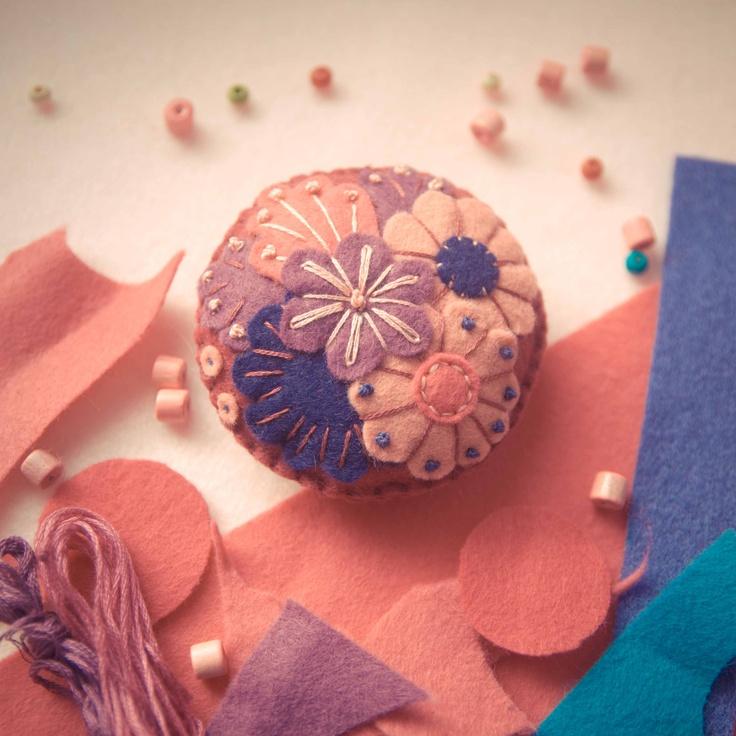 Handmade by Martha Stark tags: #handmade #marthastark #brooch made of #felt #decoration #rekodzielo #bead #thread #pink #violet