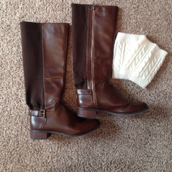Brown Riding Boots AND boot cuffs  Cute riding boots have been worn but kept in good condition.  The insides are like new and the bottoms are a little worn but no damage to anything else. Enjoyed these boots a lot! Comes with boot cuffs! Shoes