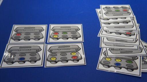 On joue avec les blocs Duplo (Trois souris peintres) Activité spatiale