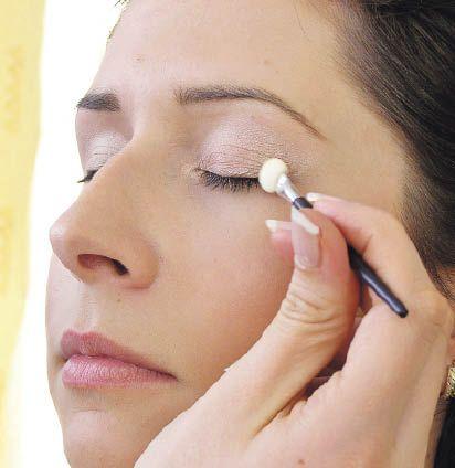 Como Maquillarse los Ojos Marrones Verdosos - Para Más Información Ingresa en: http://formasdemaquillarse.com/como-maquillarse-los-ojos-marrones-verdosos/