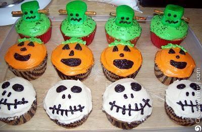 Spooktacular Halloween Cupcakes!
