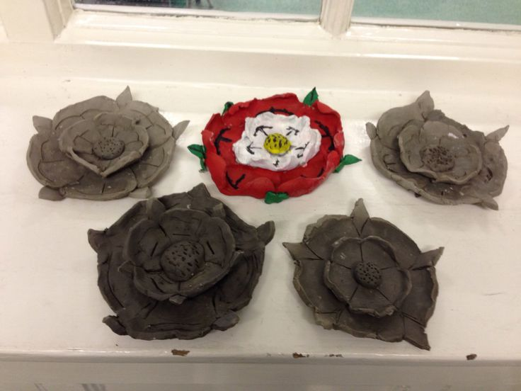 Terrifying is the word on everyone's face at the thought of the vast majority of KS2 children making a collection of clay Tudor roses, even the children! However, we are pleased to say that the day...
