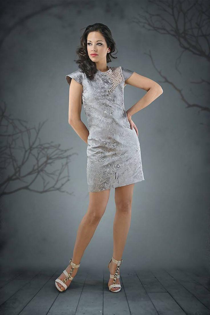 Short Silver dress https://modafirma.com/boutique/sandra-vieira-couture/short-silver-dress-2025