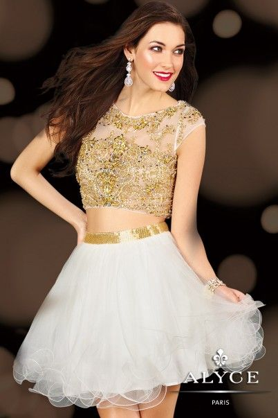 ALYCE Paris style #3638 - One of the biggest trends right now is the crop top.