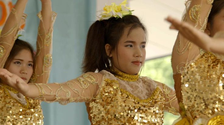 Traditional dancer at the graduation ceremony