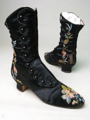•♥•✿ڿڰۣ(̆̃̃•Aussiegirl #Vintage #Wear Boots 1880, Made of silk, linen, and satin