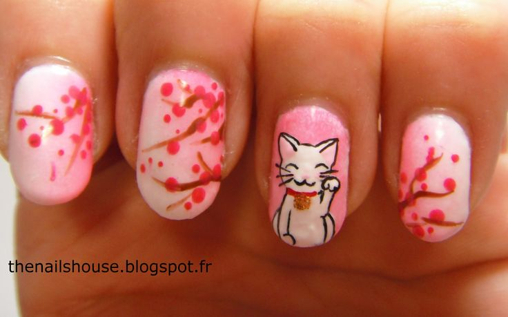 nail art : sakura, cherry blossom, cat, maneki neko, japan