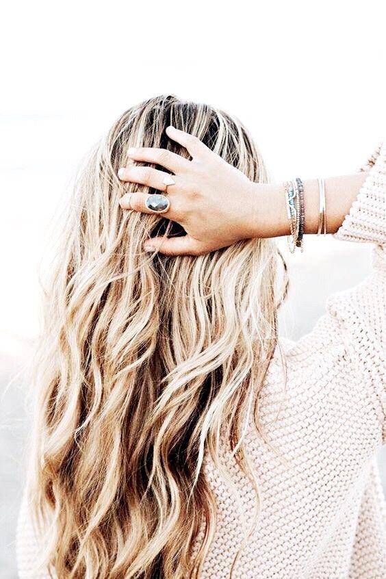 Картинки на аву девушка с мелированными волосами