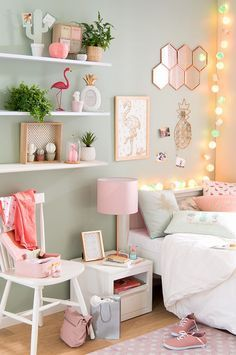 chambre de jeune fille mint et rose / teen bedroom mint and pink