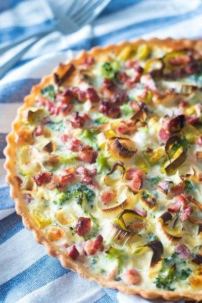 quiche met prei, broccoli en spekjes