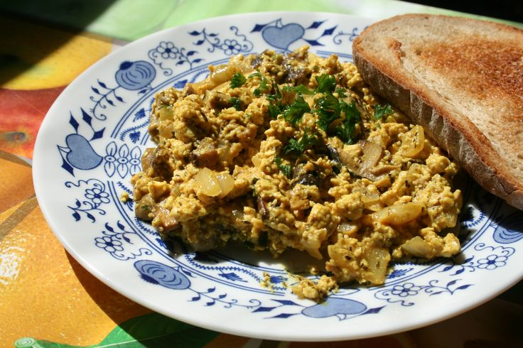 TOFU HOUBOVÁ SMAŽENICE  Recept: http://soucitne.cz/recepty/houbova-jidla-tofu-soja-apod/tofu-houbova-smazenice