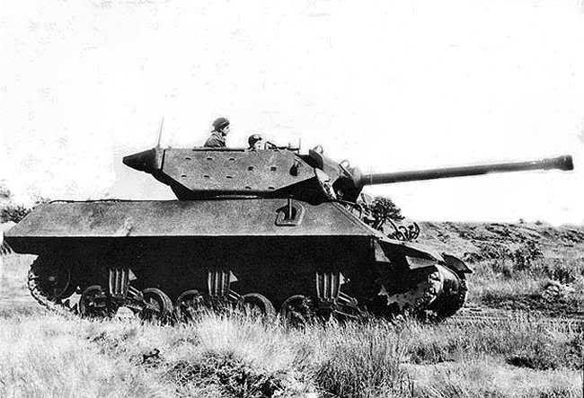 M10 Tank Destroyer side on #WorldWar2 #Tanks